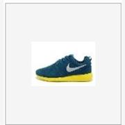 供应二手耐克轻跑型运动鞋