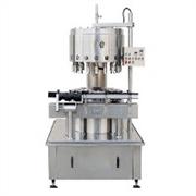 报价合理的高精度液体定量灌装机潍坊市有供应:山东定量灌装机