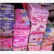 供应便宜的床上用品批发 便宜的床单被罩被褥夏凉被蚊帐凉席
