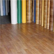 济南PVC塑胶地板首选华瑞建材,品牌特价轮番轰炸,哪里受得了