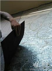 罗湖办公室刷墙玻璃隔断铺地砖